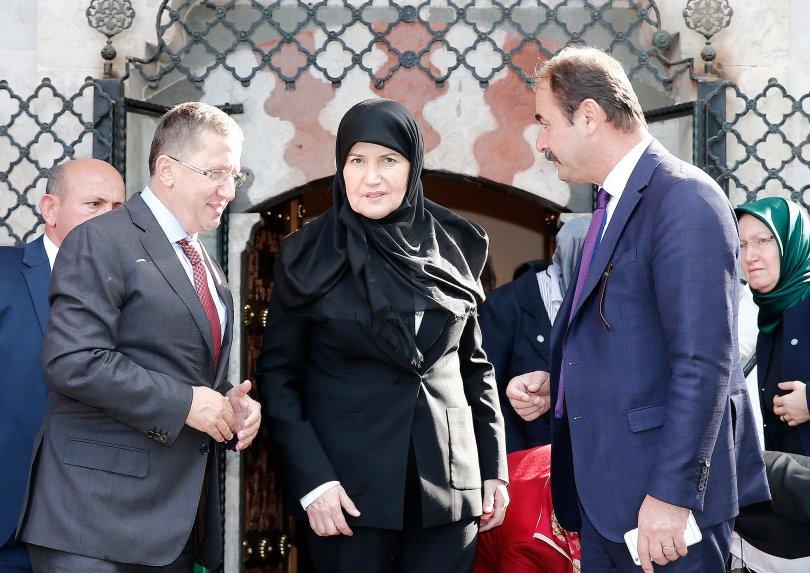 İyi Parti'den Anıtkabir ve Hacı Bayram ziyareti